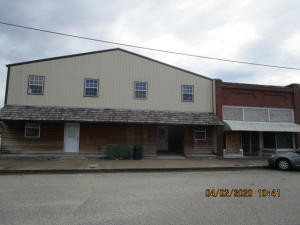 314 S Commercial St, Welch, OK 74369