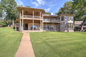 35964 Sycamore Rd, Afton, OK 74331