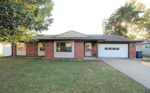 402 Midway Dr, Commerce, OK 74339
