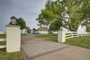 15105 N 97th E Ave, Collinsville, OK 74021