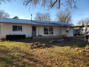 108 N Osage St, Grove, OK 74344