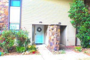 802 N 46th St, Grove, OK 74344