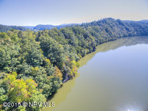 BLACKBERRY Ln, Hiwassee, VA 24347