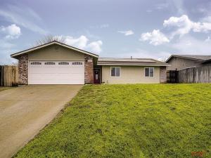 829 Hogan Place, Paso Robles, CA 93446