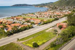 2920 Shell Beach Road, Pismo Beach, CA 93449
