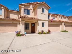 560 Rockaway Avenue, Grover Beach, CA 93433