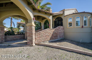 1956 Cambridge Way, Santa Maria, CA 93454