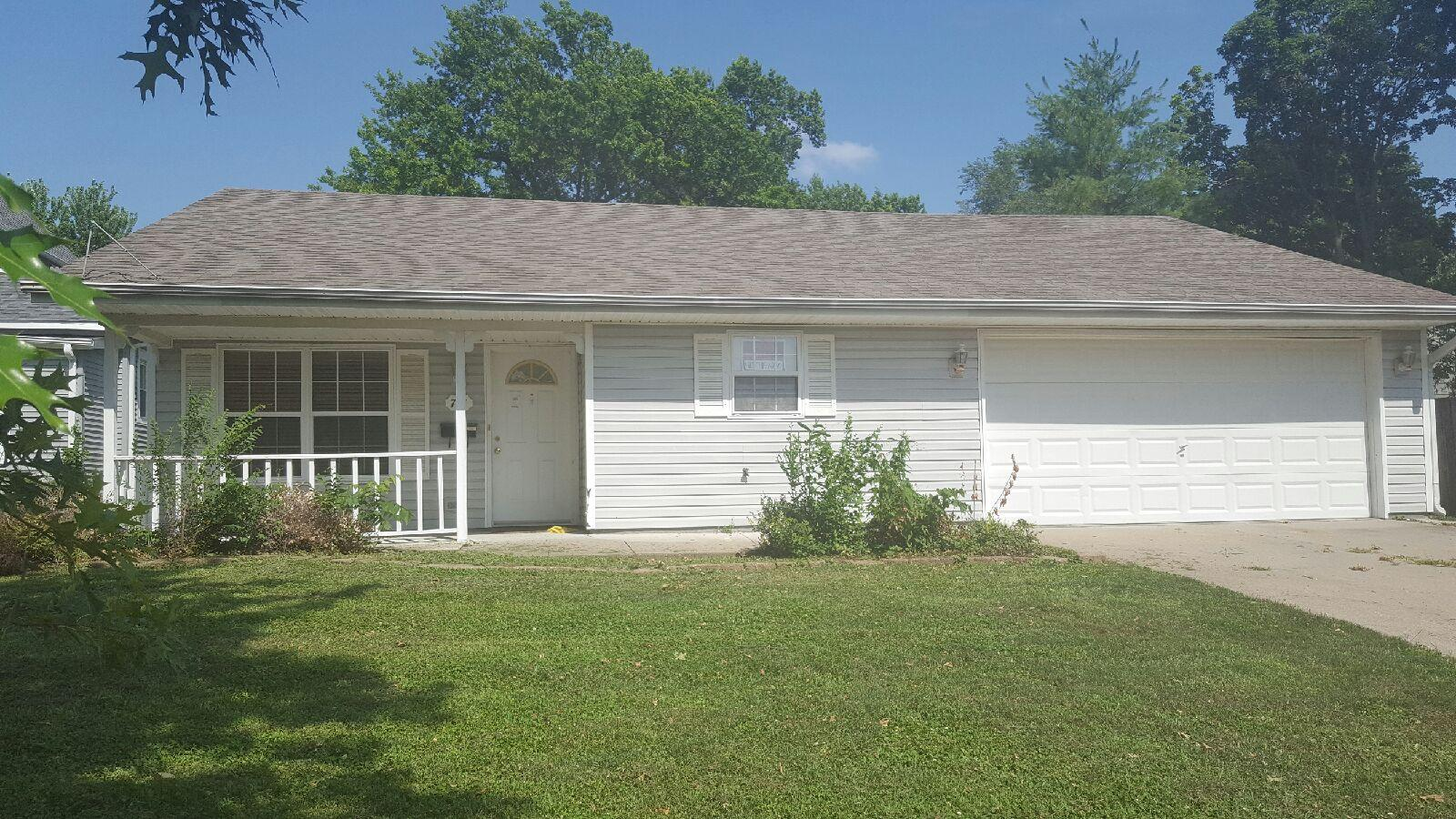 711 FILLMORE ST, Maryville, Missouri 64468, 4 Bedrooms Bedrooms, ,3 BathroomsBathrooms,Residential,FILLMORE,3546