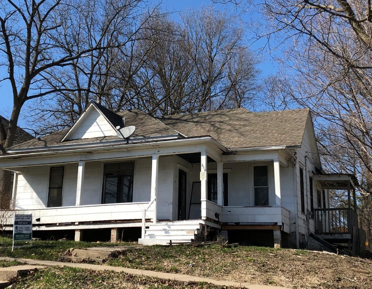 609 E 4TH ST, Maryville, Missouri 64468, 2 Bedrooms Bedrooms, ,1 BathroomBathrooms,Residential,4TH,4394