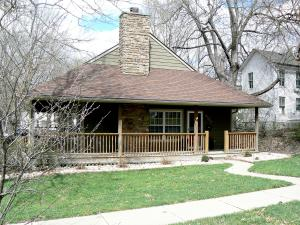 407 W 2ND ST, Maryville, MO 64468