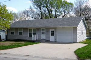 617 S HESTER ST, Maryville, MO 64468