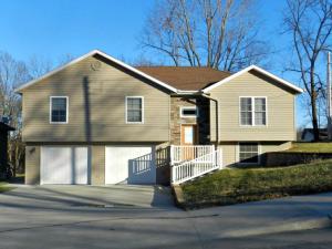 517 N DAVIS ST, Maryville, MO 64468