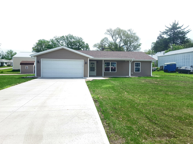 307 5TH ST, Hopkins, Missouri 64461, 3 Bedrooms Bedrooms, ,2 BathroomsBathrooms,Residential,5TH,4449