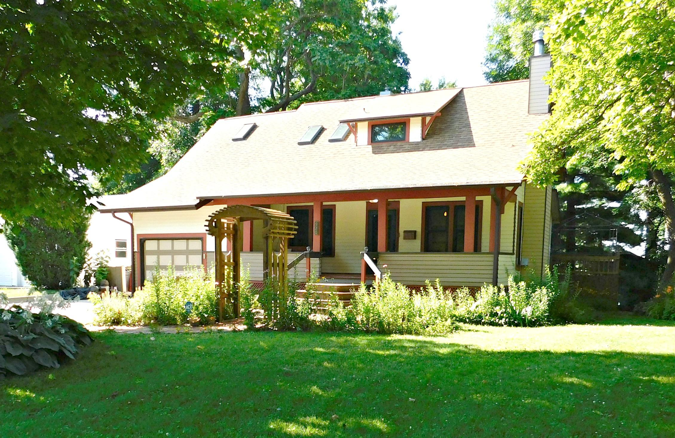 920 W 2ND ST, Maryville, Missouri 64468, 3 Bedrooms Bedrooms, ,2 BathroomsBathrooms,Residential,2ND,4502