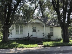 123 N DAVIS ST, Maryville, MO 64468