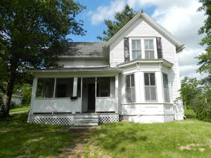 305 NORTH AVE, Maryville, MO 64468