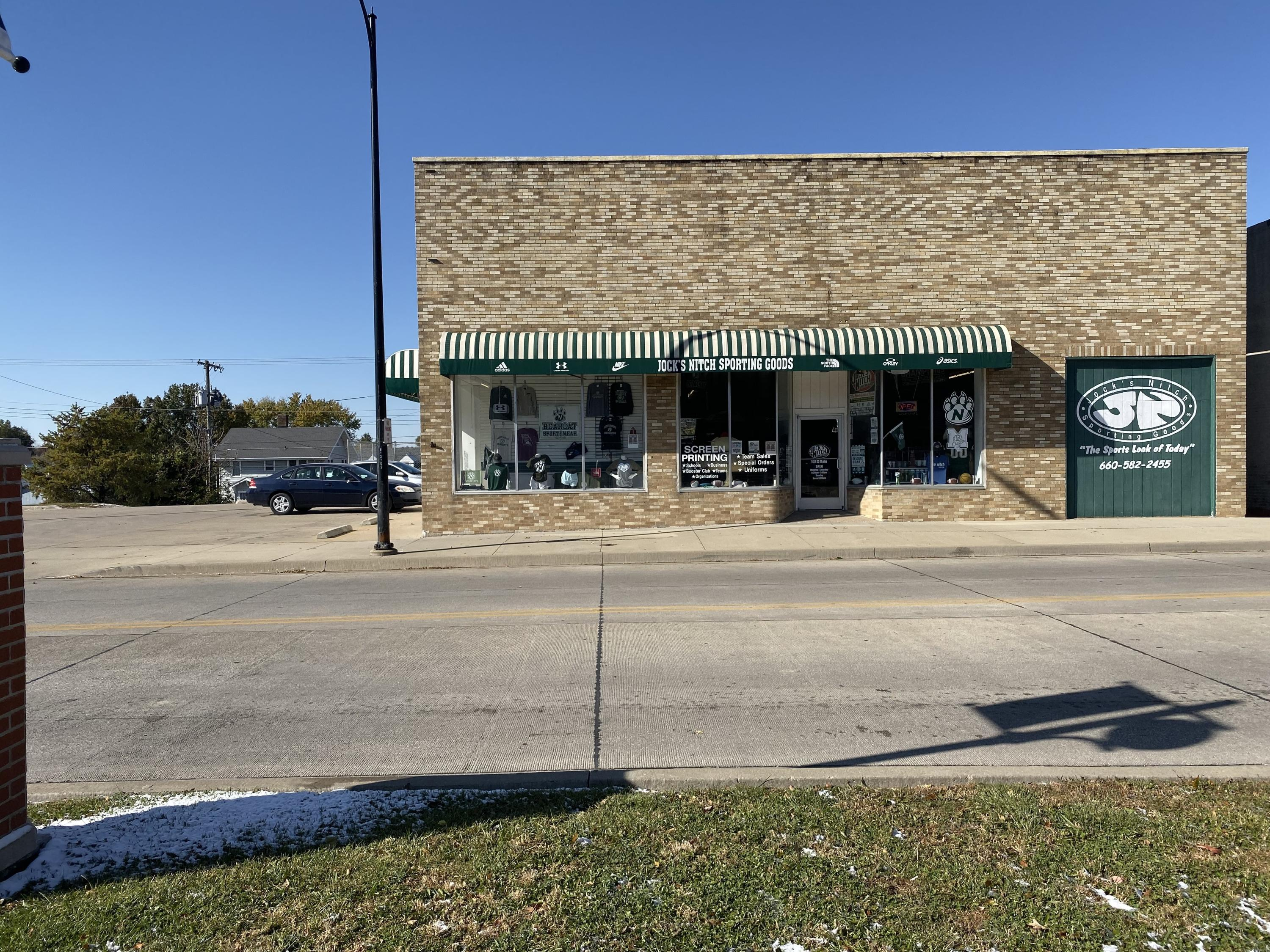 108 S MAIN ST, Maryville, Missouri 64468, ,Commercial Improved,MAIN,4621