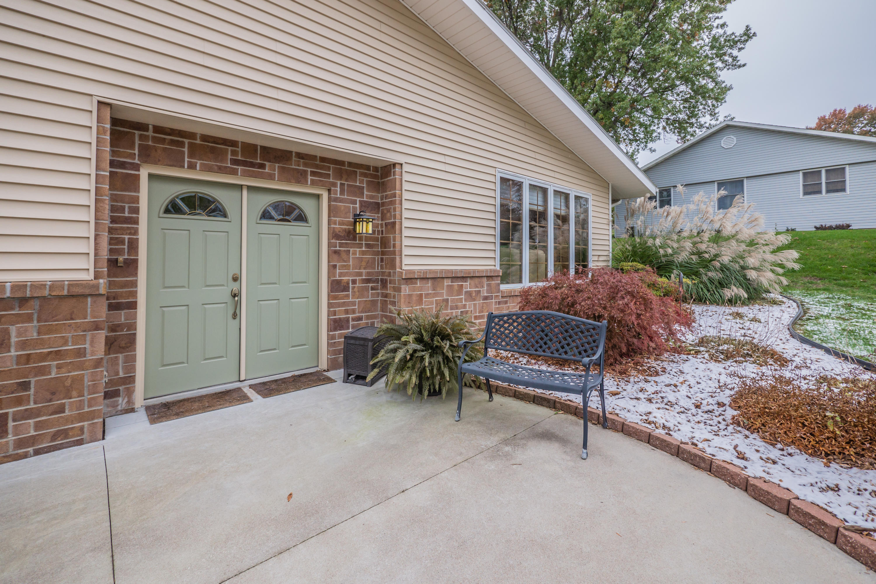 1014 FAUSTIANA DR, Maryville, Missouri 64468, 3 Bedrooms Bedrooms, ,2.5 BathroomsBathrooms,Residential,FAUSTIANA,4587