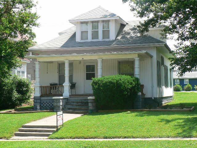 315 S BUCHANAN ST, Maryville, Missouri 64468, 3 Bedrooms Bedrooms, ,2 BathroomsBathrooms,Residential,BUCHANAN,4618
