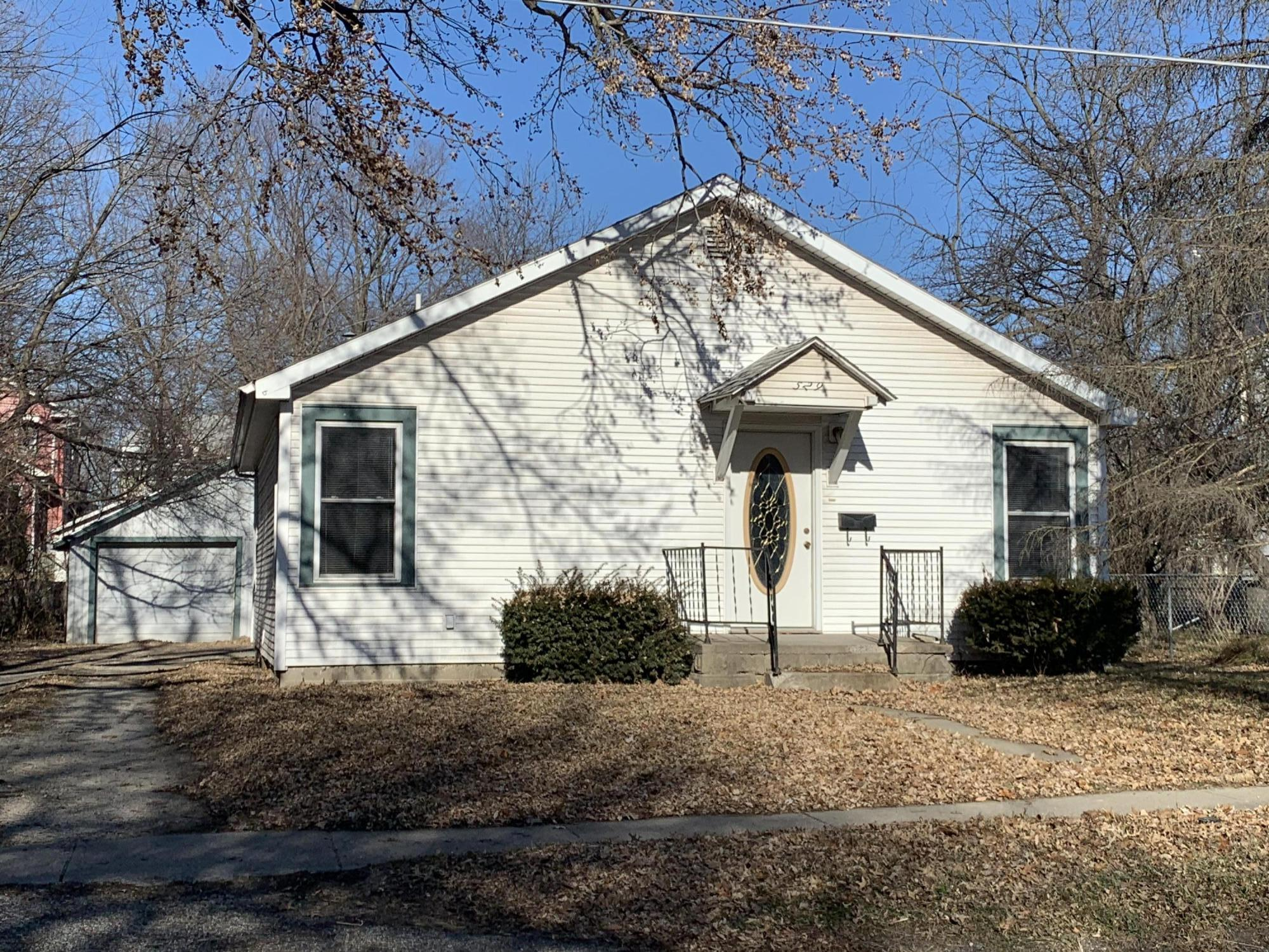 529 W 1ST ST, Maryville, Missouri 64468, 2 Bedrooms Bedrooms, ,1 BathroomBathrooms,Residential,1ST,4634