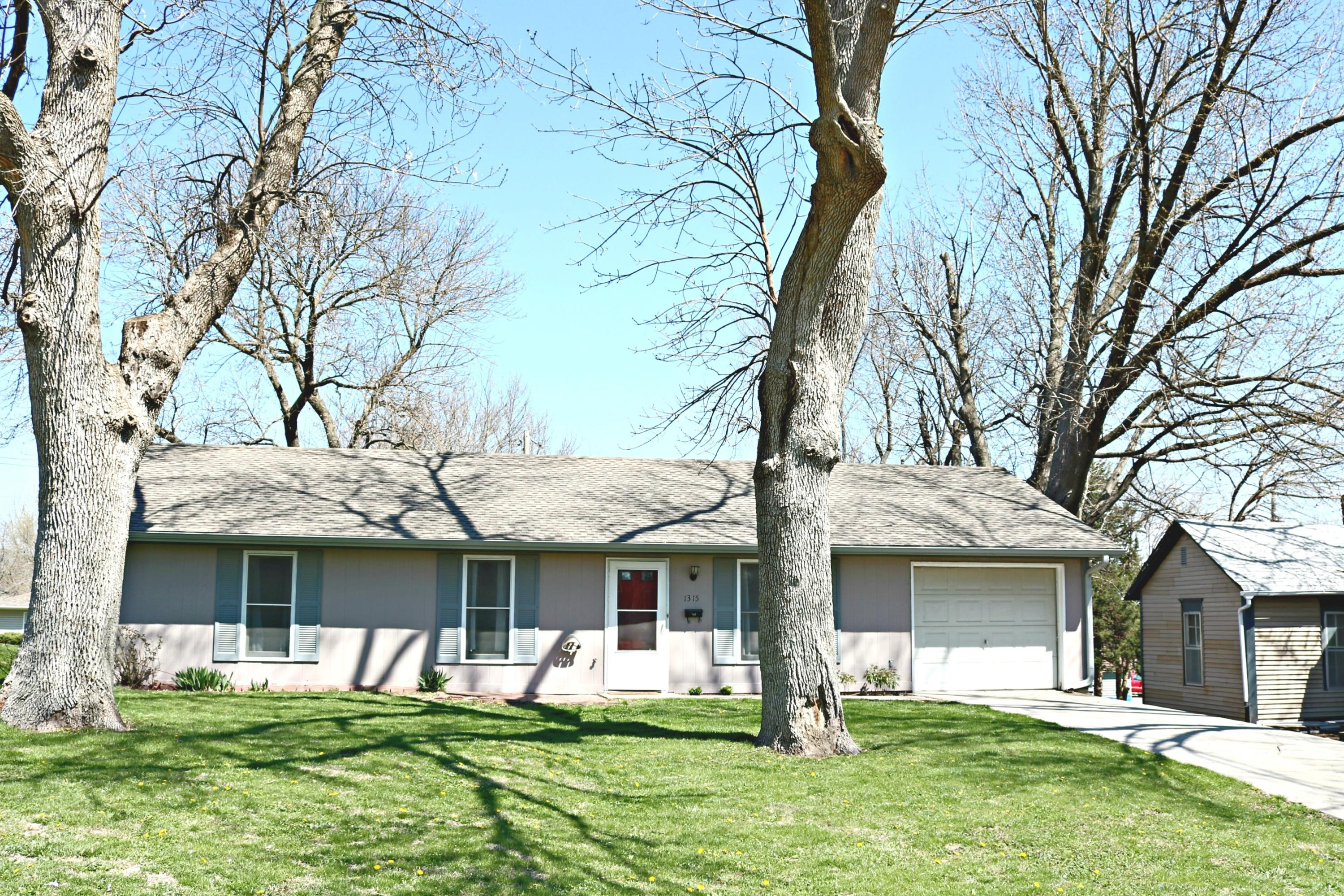1315 E 2ND Street, Maryville, Missouri 64468, 3 Bedrooms Bedrooms, ,2 BathroomsBathrooms,Residential,2ND,4706