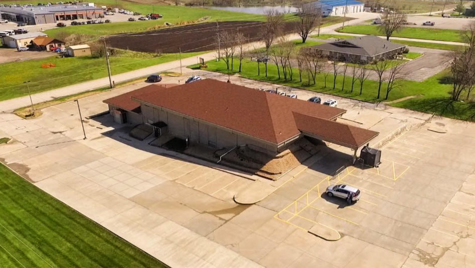 114 E SOUTH HILLS Drive, Maryville, Missouri 64468, ,Commercial Improved,SOUTH HILLS,4722