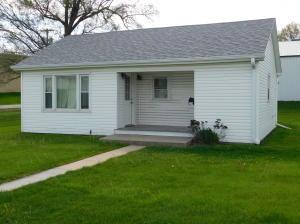 224 S DEPOT Street, Maryville, MO 64468