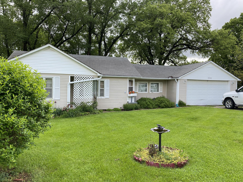 304 S 5TH Street, Hopkins, Missouri 64461, 2 Bedrooms Bedrooms, ,1 BathroomBathrooms,Residential,5TH,4770