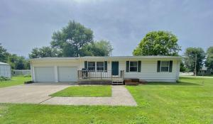 418 N CENTRAL Avenue, Ravenwood, MO 64479