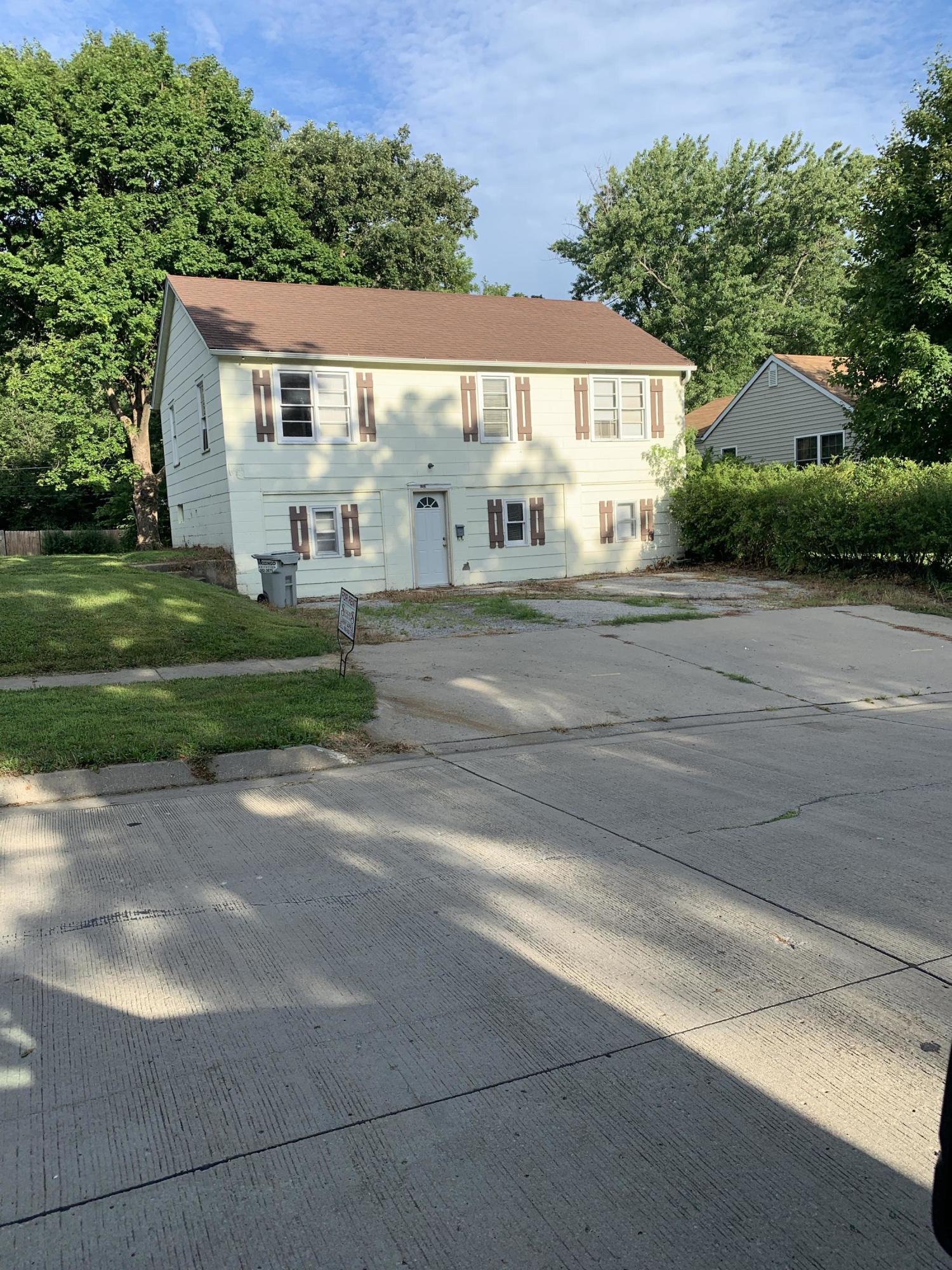 1212 MULBERRY Street, Maryville, Missouri 64468, 4 Bedrooms Bedrooms, ,1 BathroomBathrooms,Residential,MULBERRY,4824