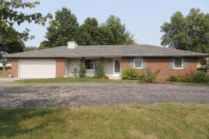 26100 LAKEVIEW Drive, Maryville, MO 64468