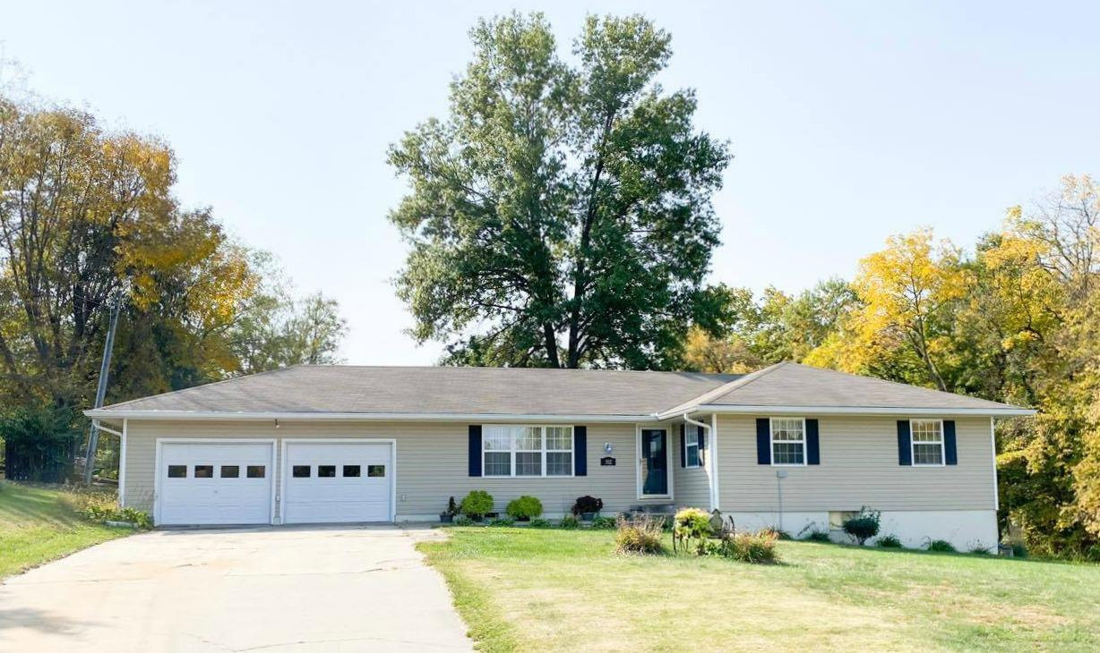 302 E 16TH Street, Maryville, Missouri 64468, 4 Bedrooms Bedrooms, ,2 BathroomsBathrooms,Residential,16TH,4852