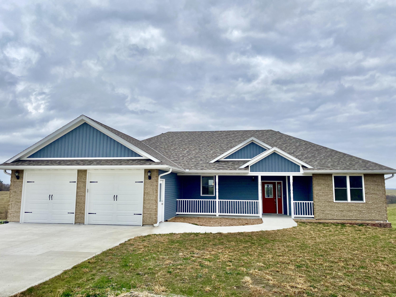 27277 ROLLING HILLS Drive, Maryville, Missouri 64468, 4 Bedrooms Bedrooms, ,3 BathroomsBathrooms,Residential,ROLLING HILLS,4899