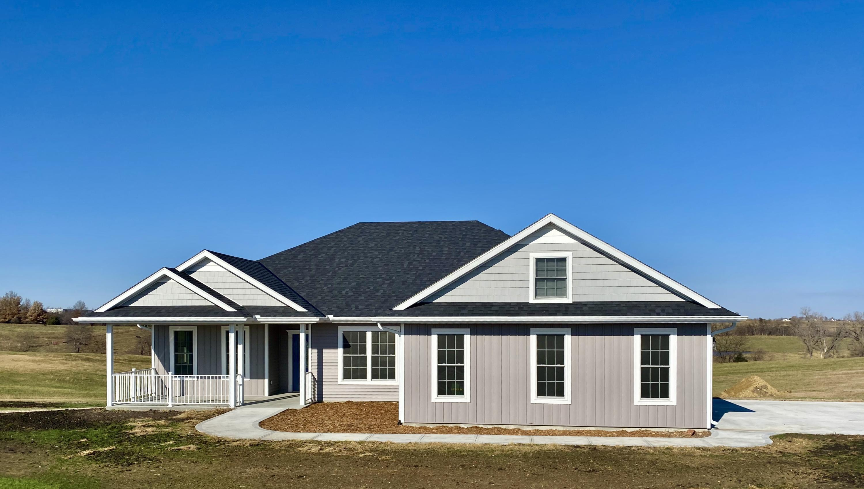 27353 ROLLING HILLS Drive, Maryville, Missouri 64468, 3 Bedrooms Bedrooms, ,2 BathroomsBathrooms,Residential,ROLLING HILLS,4902