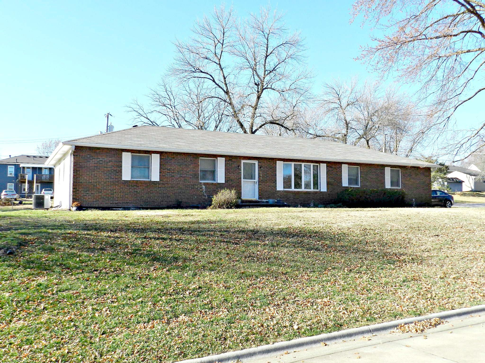 608 S PRAIRIE Street, Maryville, Missouri 64468, 4 Bedrooms Bedrooms, ,3 BathroomsBathrooms,Residential,PRAIRIE,4900