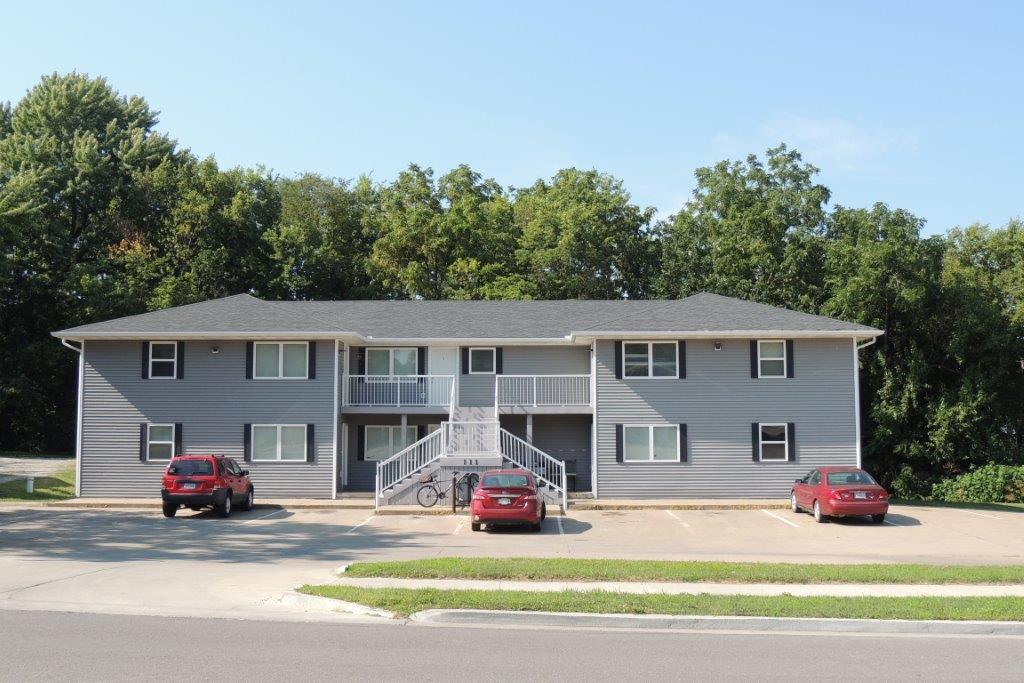 111 W 9TH Street, Maryville, Missouri 64468, 16 Bedrooms Bedrooms, ,Multifamily,9TH,4906