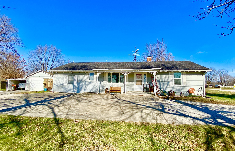 109 E MAIN Street, Maryville, Missouri 64468, 3 Bedrooms Bedrooms, ,1 BathroomBathrooms,Residential,MAIN,4904