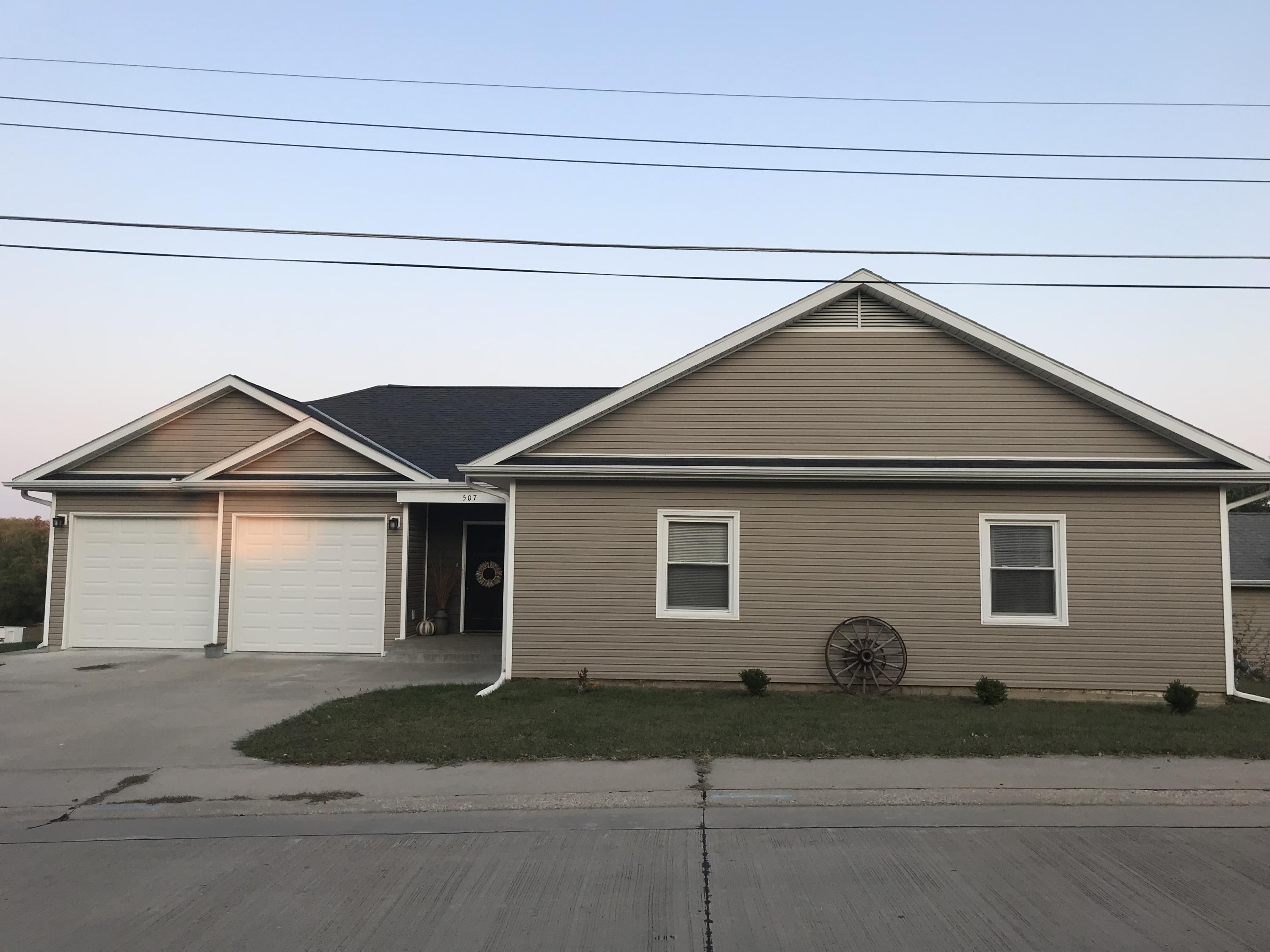 507 WATER Street, Maryville, Missouri 64468, 5 Bedrooms Bedrooms, ,2.5 BathroomsBathrooms,Residential,WATER,4910