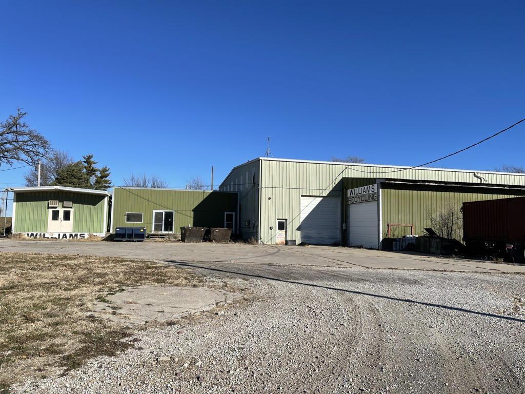1647 MAIN Street, Maryville, Missouri 64468, ,Commercial Improved,MAIN,4915