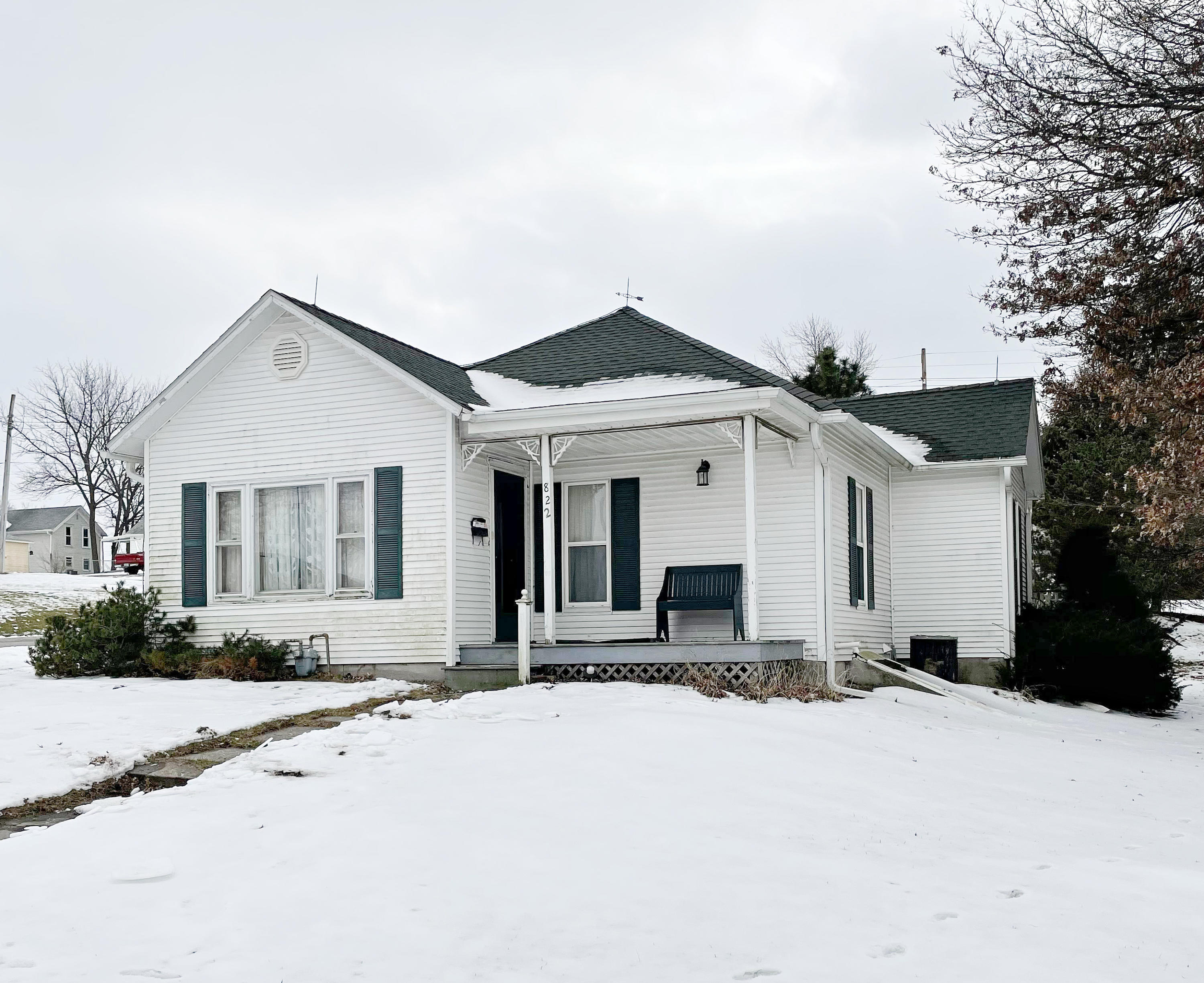 822 E 3RD Street, Maryville, Missouri 64468, 2 Bedrooms Bedrooms, ,1 BathroomBathrooms,Residential,3RD,4937