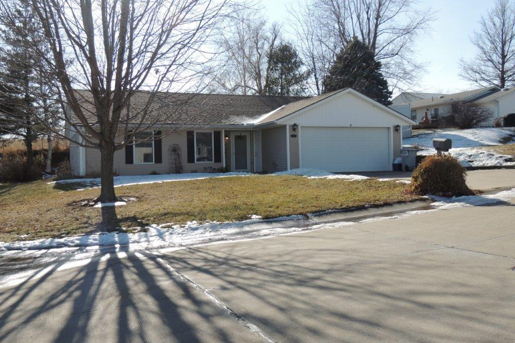 1214 E GRANT Street, Maryville, Missouri 64468, 3 Bedrooms Bedrooms, ,2 BathroomsBathrooms,Residential,GRANT,4940
