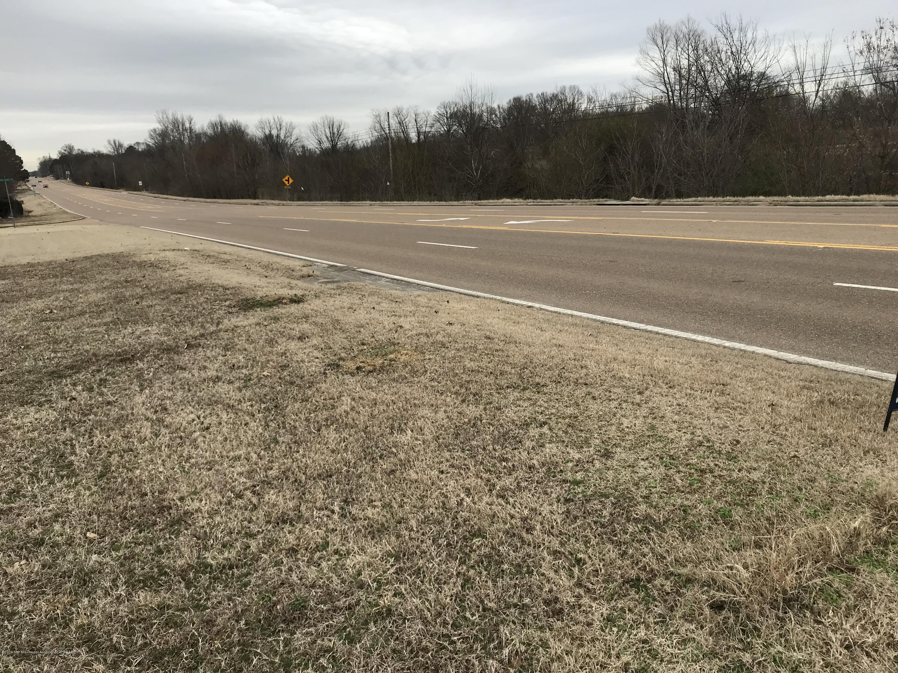 7 Highway 301, DeSoto, Mississippi 38680, ,Commercial,For Sale,Highway 301,321000