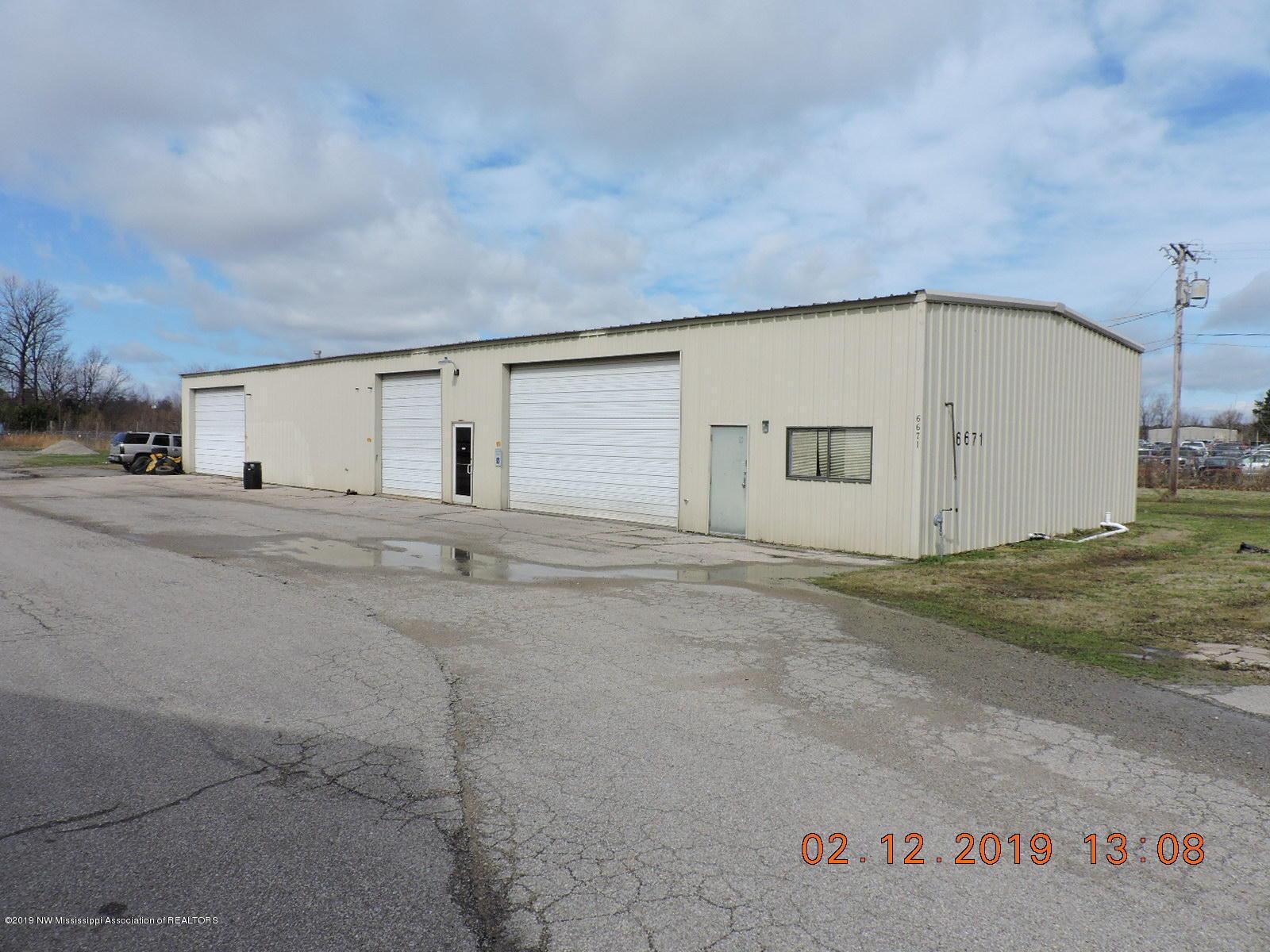6641 Highway 51, DeSoto, Mississippi 38637, ,Commercial,For Sale,Highway 51,321181