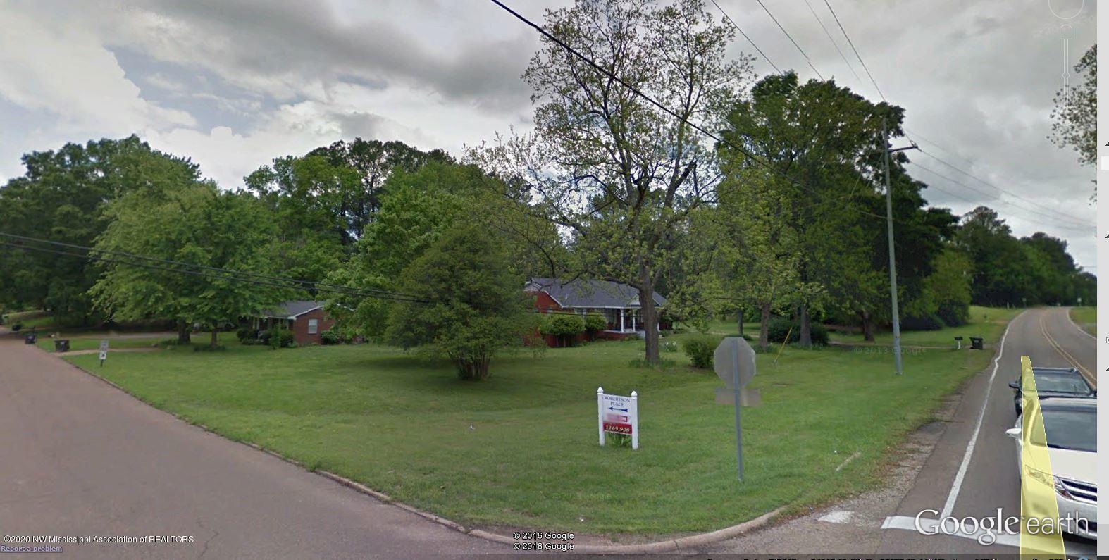 2165 Robinson Road, DeSoto, Mississippi 38632, ,Commercial,For Sale,Robinson,327859