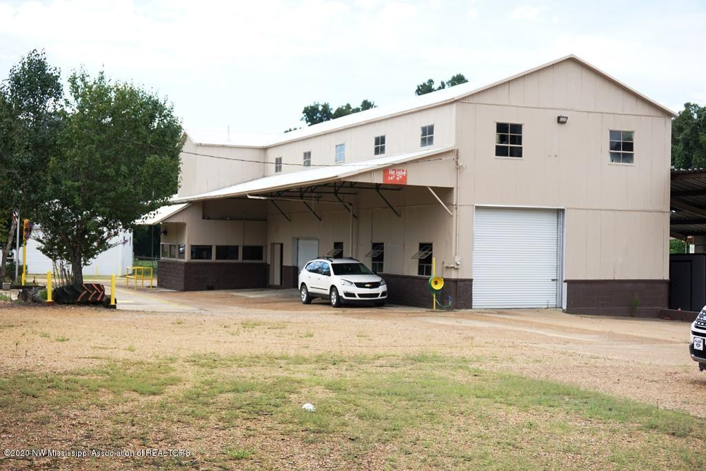 4591 Sycamore Road, Tate, Mississippi 38618, ,Commercial,For Sale,Sycamore,331302