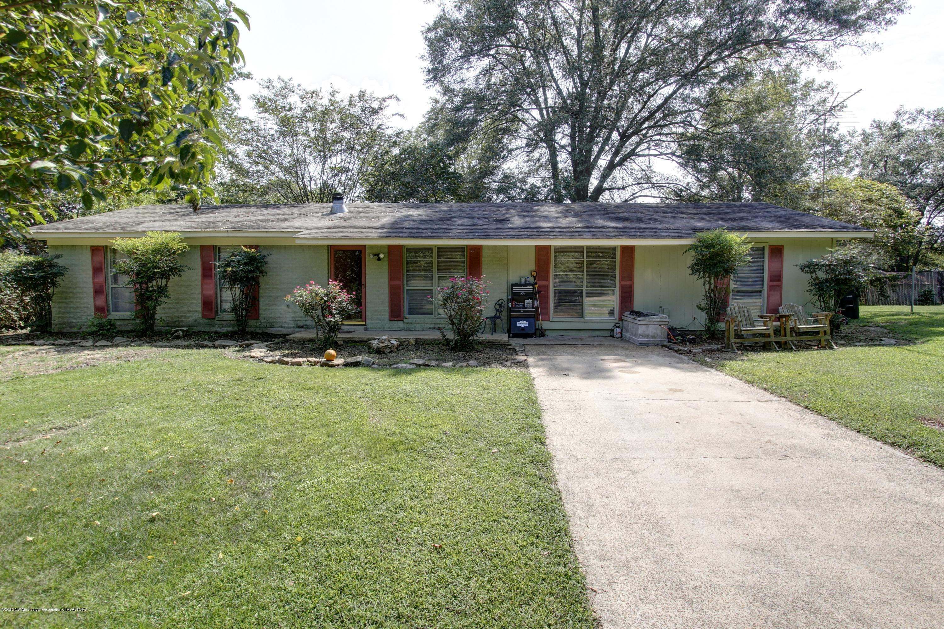 15883 Arkabutla Road, Tate, Mississippi 38665, 3 Bedrooms Bedrooms, ,2 BathroomsBathrooms,Residential,For Sale,Arkabutla,331466