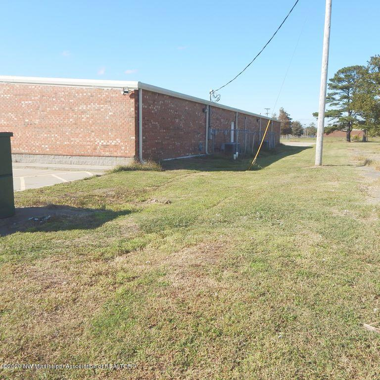 528 Choctaw Street, Coahoma, Mississippi 38614, ,Commercial,For Sale,Choctaw,331913