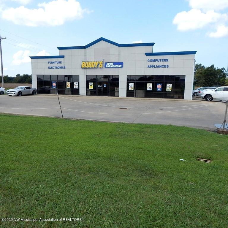 1009 State Street, Coahoma, Mississippi 38614, ,Commercial,For Sale,State,331919