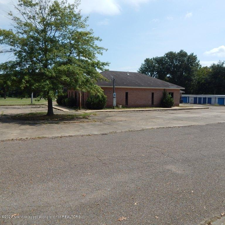 140 Ritch Street, Coahoma, Mississippi 38614, ,Commercial,For Sale,Ritch,331920