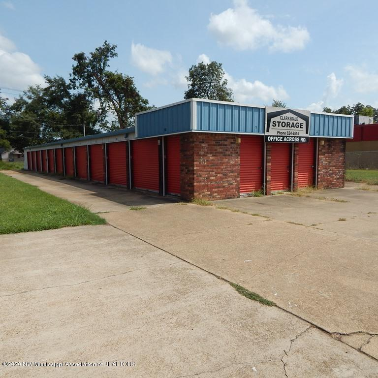 621 Desoto Avenue, Coahoma, Mississippi 38614, ,Commercial,For Sale,Desoto,331921